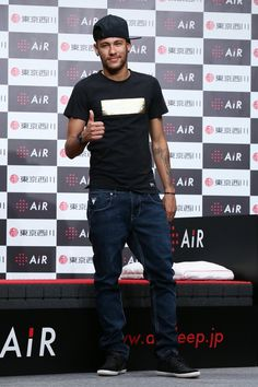 Pin for Later: This Week's Can't-Miss Celebrity Photos Glad to see him back on track after his shocking World Cup ending: Neymar da Silva Santos attended a press conference in Tokyo.