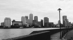 #canarywharf #E14 #onecanadasquare #thames #river #riverfront #skyline #view #london #londonphoto #lovelondon #visitlondon #thisislondon #bw #bnw #blackandwhite #black_white #monochrome #bwphotography #blackandwhitephotography #bwphoto #bwsnap #bwlover #bwlondon by dmashina