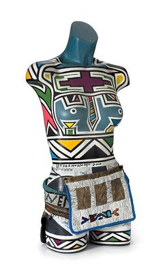 Buy online, view images and see past prices for Esther Mahlangu African Venus. Invaluable is the world's largest marketplace for art, antiques, and collectibles. Laurent Perrier, Art Auction, View Image, Venus, Art Decor, African, House Styles, Antiques, Art