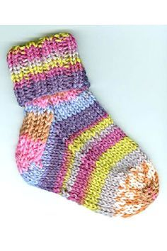 Baby Socks free knitting pattern on Plymouth Yarn Company Inc. at https://www.plymouthyarn.com/f193