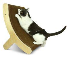 Hepper Itch Cat Scratcher Offers Multi-position Scratching