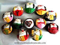Dirndl  Oktoberfest Cupcakes by madelainedreamcake.com