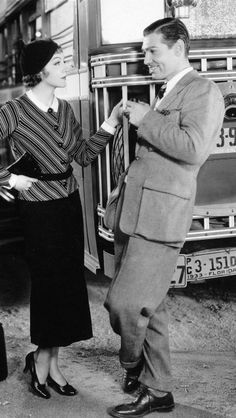 Just because you married, dont mean romance goes out the window. Capture it  Claudette Colbert and Clark Gable - It Happened One Night // One of my favorite films of all time
