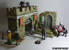 http://papermau.blogspot.com.br/2014/04/creating-medieval-stand-paper-model-for_9.html