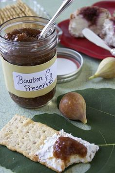 Bourbon Fig Preserves - Serve with goat cheese and crackers, over cream cheese, on a roasted pork loin, heated up and drizzled over ice cream, on a panini with a really good smokey aged cheddar and roasted turkey Fig Recipes, Canning Recipes, Whole Food Recipes, Fig Jelly, Jam And Jelly, Cooking With Bourbon, Fig Preserves Recipe, Girl Cooking, Fig Jam