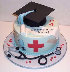 Cool Nurse Graduation Cake Design - Far cry from the ice cream cakes that I remember! Nursing Graduation Cakes, Graduation Ideas, Graduation Cupcakes, Medical Cake, Doctor Cake, Nurse Party, School Cake, Grad Parties, Creative Cakes