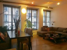 Apartment in Paris, France. Our beautiful flat is located in a very calm area of the trendy neirghborhood, Le Marais. Near metro Saint Paul and just a few minutes from Place des Vosges, the Sena river bank, l'île Saint Louis and Notre Dame, you will be able to easily reach a...
