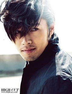 Kyun Bin. Korean actor and model. Sexy.
