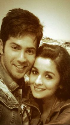 Unseen Cute Loving Pic of Varun and Alia