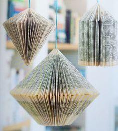 #knutselen met papier. Dit boek laat je de mooiste creaties maken van... papier. Leuk en makkelijk om zelf stap voor stap mee aan de slag te gaan! #hangers van boeken