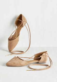 The Next Presh Thing Flat. Memories of that divine cappuccino you sipped yesterday lead you to lace into these ballet flats as a tribute to the things you love. #tan #modcloth
