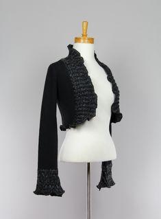 Boléro pour femme noir et gris/veste noir small/gilet pull femme/vêtement recyclé/boléro noir pour femme/veste fait main/boléro noir et gris