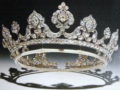 Marie Poutine's Jewels & Royals: Grand Diamond Tiaras