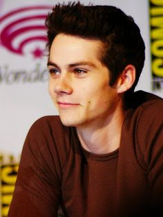 Dylan O´Brien- That smirk just melts my heart <3
