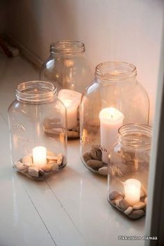 balcony lighting For a cosy winter evening. For a cosy winter evening. Winter Home Decor, Diy Home Decor, Deco Spa, Small House Garden, Small House Diy, Balcony Lighting, Cosy Winter, Summer Winter, Candels
