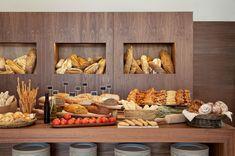 Ibiza Gran Hotel Galería luxury breakfast bread buffet