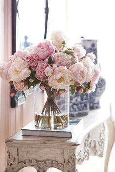 fake flowers for wedding centerpieces bridal flowers - Flowe. fake flowers for Fake Flowers, Bridal Flowers, Amazing Flowers, Diy Flowers, Flower Vases, Flower Decorations, Flowers Garden, Artificial Flowers, Flower Ideas