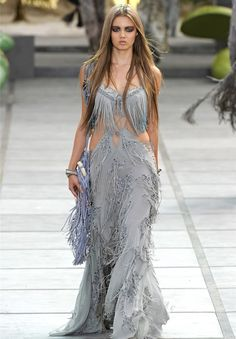 Lindsey Wixson for Roberto Cavalli RTW..robert, what were you thinking?