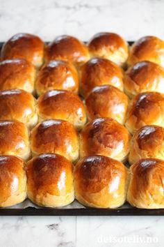 Statoilboller   Det søte liv Hot Dog Buns, Hamburger, Food And Drink, Bread, Recipes, Design, Brot, Recipies