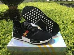 7dcd0908e13b4 New Adidas NMD R1 Runner x Bee Black BG1868 2018