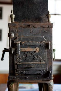 1000 images about stove on pinterest antique stove old stove and vintage stoves. Black Bedroom Furniture Sets. Home Design Ideas