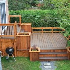 Backyard deck ideas for small yards Deck Ideas For Split Level Homes, Two Level Deck, Multi Level Decks, Patio Deck Designs, Patio Design, Design Design, Modern Design, Design Ideas, Backyard Projects