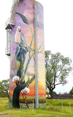 Silo Art Maura, Queensland - The Banana Shire Grafitti Street, Street Wall Art, Murals Street Art, Art Mural, Dazzle Camouflage, Art Du Monde, Pop Art, Building Art, Country Art