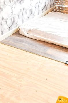 How to install luxury vinyl plank flooring quick and simple with tips for easy LVP installation Makeover room flooring with this LVP installation tutorial. Luxury Vinyl Flooring, Vinyl Plank Flooring, Luxury Vinyl Plank, Plywood Subfloor, Flooring Options, Wood Texture, Interior, Simple, Tips