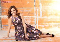 """Actress Emily Deschanel talks about laughing it up, projecting a positive attitude and keeping healthy on the set of her hit show, Bones. """"I consider it my job to come in with a good, healthy attitude and the right spirit to endure the long hours. Bones Tv Show, Emily Deschanel, Prop Styling, Tv Presenters, Me Too Shoes, Actors & Actresses, Women Wear, Celebrities, Celebs"""
