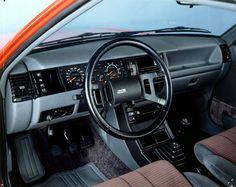 1985 Renault 11 Turbo interior