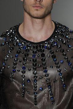 mens t-shirts about grand children Dark Fashion, Fashion Art, Love Fashion, Fashion Design, Fashion Trends, Fashion Moda, Mens Fashion, Fashion Menswear, Fashion Details