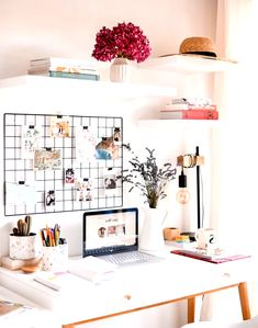 10 Home Office Ideas That Will Make You Want to Work All Day – Dream Bedroom – Bedroom Ideas Home Office Design, Home Office Decor, Home Decor Bedroom, Home Interior Design, Office Ideas, Bedroom Ideas, Study Room Decor, Cute Room Decor, Beautiful Room Designs