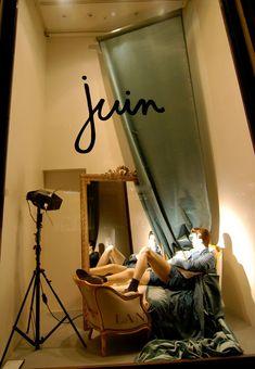 (A través de CASA REINAL) >>>>>  Lanvin month window displays 2012, Paris visual merchandising