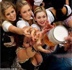 German Beer: Hofbraeuhaus-tent after the opening of the famous Bavarian Oktoberfest beer festival in Munich Folk Festival, Beer Festival, Gaudi, Mojito, 8 Facts, Drinking Games For Parties, Oktoberfest Beer, Oktoberfest Costume, Beer Girl