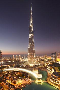 Burj Khalifa, Dubai, 2010 - Adrian Smith + Gordon Gill Architecture, SOM - Skidmore Owings & Merrill LLP