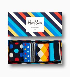 Classic design meets fun and lively colours in the Stripe sock gift box. Simply original, the set includes the essential Stripe style and 3 addit… Navy Socks, Striped Socks, Turquoise Pattern, Yellow Turquoise, Toe Socks, Sock Animals, Girls Socks, Stripes Fashion, Unisex