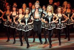 Irish step dancing - Michael Flatley - Lord of the Dance. Michael Flatley is the most famous Irish dancer in the world. He is amazing. Lord Of The Dance, Dance With You, Irish Step Dancing, Irish Dance, Shall We Dance, Lets Dance, Dublin, Jazz, Hip Hop
