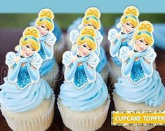 Let's Party – Cinderella – Building Our Happily Ever After Cinderella Cake Pops, Wedding Dress Cinderella, Cinderella Party Decorations, Cinderella Party Favors, Cinderella Theme, Cinderella Birthday Cakes, Cinderella Prince, Aladdin Princess, Princess Aurora