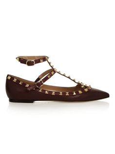 New color, burgundy Valentino Rockstud, Pointed Toe Flats, Fashion Week, Bag Accessories, Burgundy, Wedges, Shopping, Heels, Leather