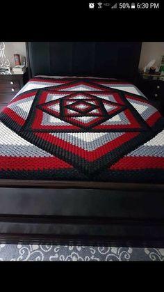 Crocheted Kaleidoscope Granny Square Tutorial