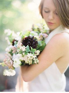 soft and delicate wedding inspirations, photo: Michelle Boyd