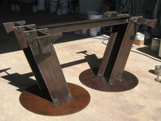 Znalezione obrazy dla zapytania tables with I-beam legs