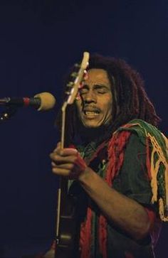 Music ©: Jamaican 'Rastafarian' and 'Reggae' musician and vocal artiste, Bob Marley. Bob Marley Legend, Bob Marley Art, Reggae Bob Marley, Bob Marley Quotes, Reggae Music, Rock Music, Eminem, Rock Roll, Bruce Lee