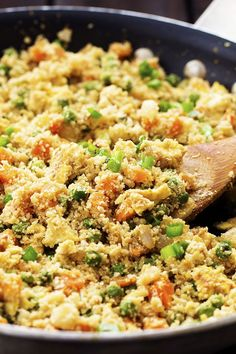 Looks and tastes exactlylike fried rice! But so much healthier for you! Tastes amazing plain, or would also be great with some ham, chicken or meat added! I have been dying without ham fried rice. And apparently the rest of the world loves it too because it is one of the most popular recipes on …