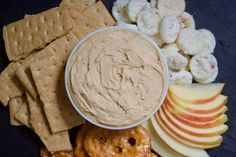 A simple, delicious recipe for peanut butter-flavored cream cheese. Gluten Free Snacks, Vegan Snacks, Easy Snacks, Peanut Butter Snacks, Vegan Peanut Butter, Healthy Dessert Recipes, Snack Recipes, Gf Recipes, Low Histamine Foods