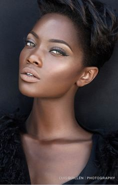 7 Natural Makeup Looks for Every Brown Bride – Care – Skin care , beauty ideas and skin care tips Beauty Make-up, Beauty Skin, Hair Beauty, Black Beauty, Ebony Beauty, Fashion Beauty, My Black Is Beautiful, Beautiful Eyes, Pretty Black
