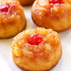 Pineapple Upside Down Cupcakes - a mini version of your favorite cake with butter, brown sugar, pineapple, and a cherry on top! These Pineapple Upside Down Cupcakes are good warm or at room temperature so Pineapple Upside Down Cupcakes, Pineapple Cake, Crushed Pineapple, Mini Pineapple Upside Down Cake Recipe From Scratch, Pineapple Upsidedown Cake Recipe, Pineapple Juice, Köstliche Desserts, Delicious Desserts, Yummy Food