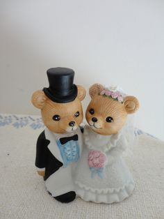 Vintage Honey Bear Wedding Cake Topper By Bettesbuttons On Etsy My Favorite Ive
