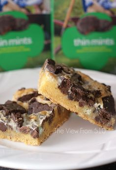 Thin Mint Gooey Bars {Girl Scout Cookie ideas}