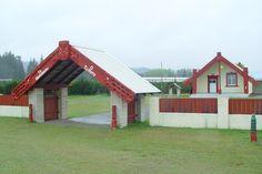Hinemihi Marae, Ngāpuna, Rotorua Cabin, House Styles, Home Decor, Maori, Decoration Home, Room Decor, Cabins, Cottage, Home Interior Design